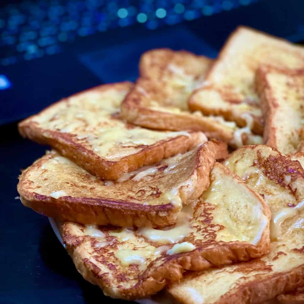 French Toast with Cheese - Poetic Dustbin